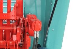 DE SERIE Entraînement hydraulique du convoyeur