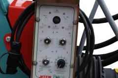 DE SERIE Distributeur à commande électrique