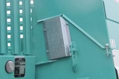 DE SERIE Réglage en hauteur de la coupe rotative par un vérin hydraulique 2