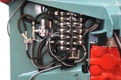 DE SERIE Distributeur à commandes électriques