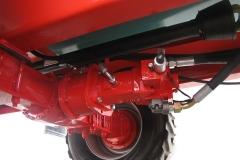 DE SERIE Transmission hydrostatique moteur à piston et pompe à débit variable